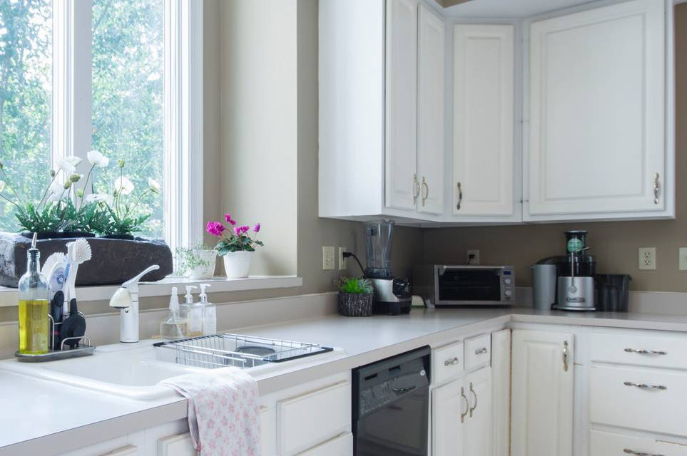 Tips and Tricks for Cleaning Kitchen Countertop Appliances